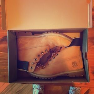 Timberlands in good condition.